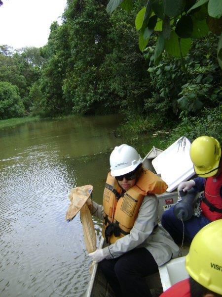 Monitoramento de água superficial